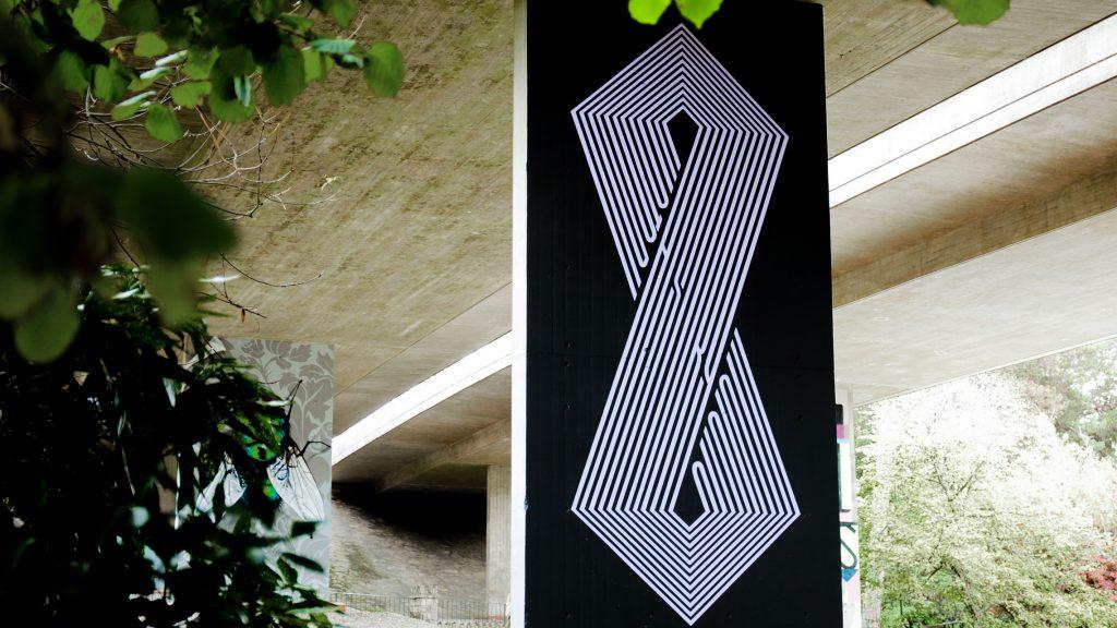 Upside Gallery_Gary Stranger mural