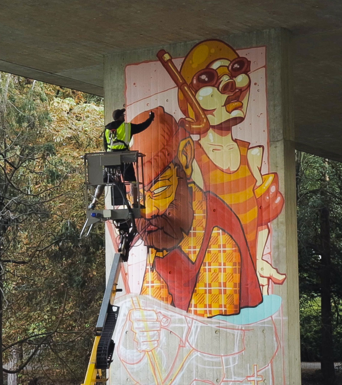 Alex Odisy street artist painting graffiti mural