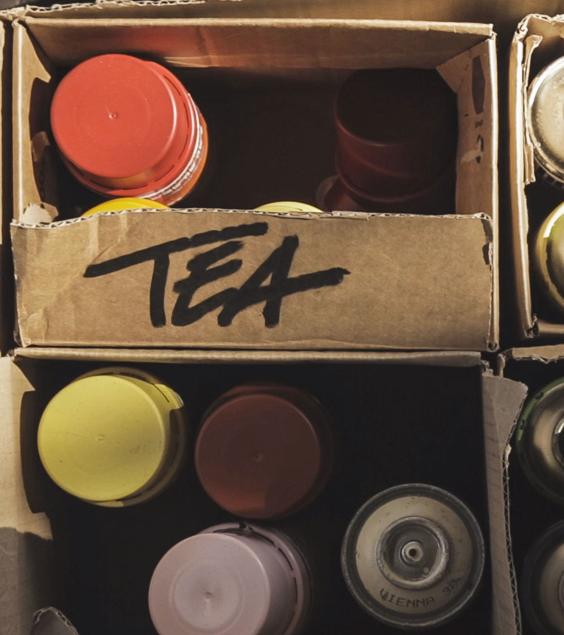 Mr Tea One graffiti cans in box